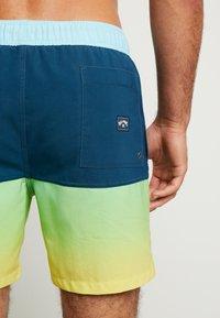 Billabong - FIFTY - Shorts da mare - citrus - 1