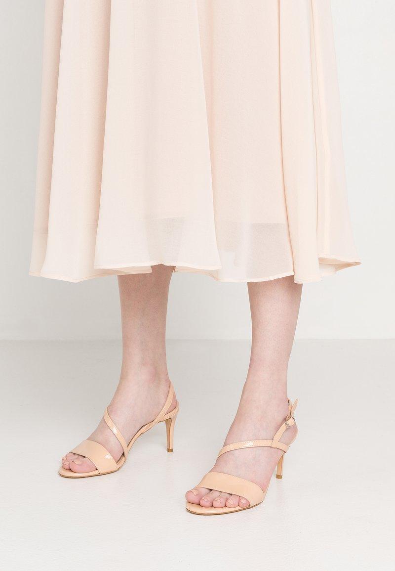 Bianca Di - High heeled sandals - vernice cipria