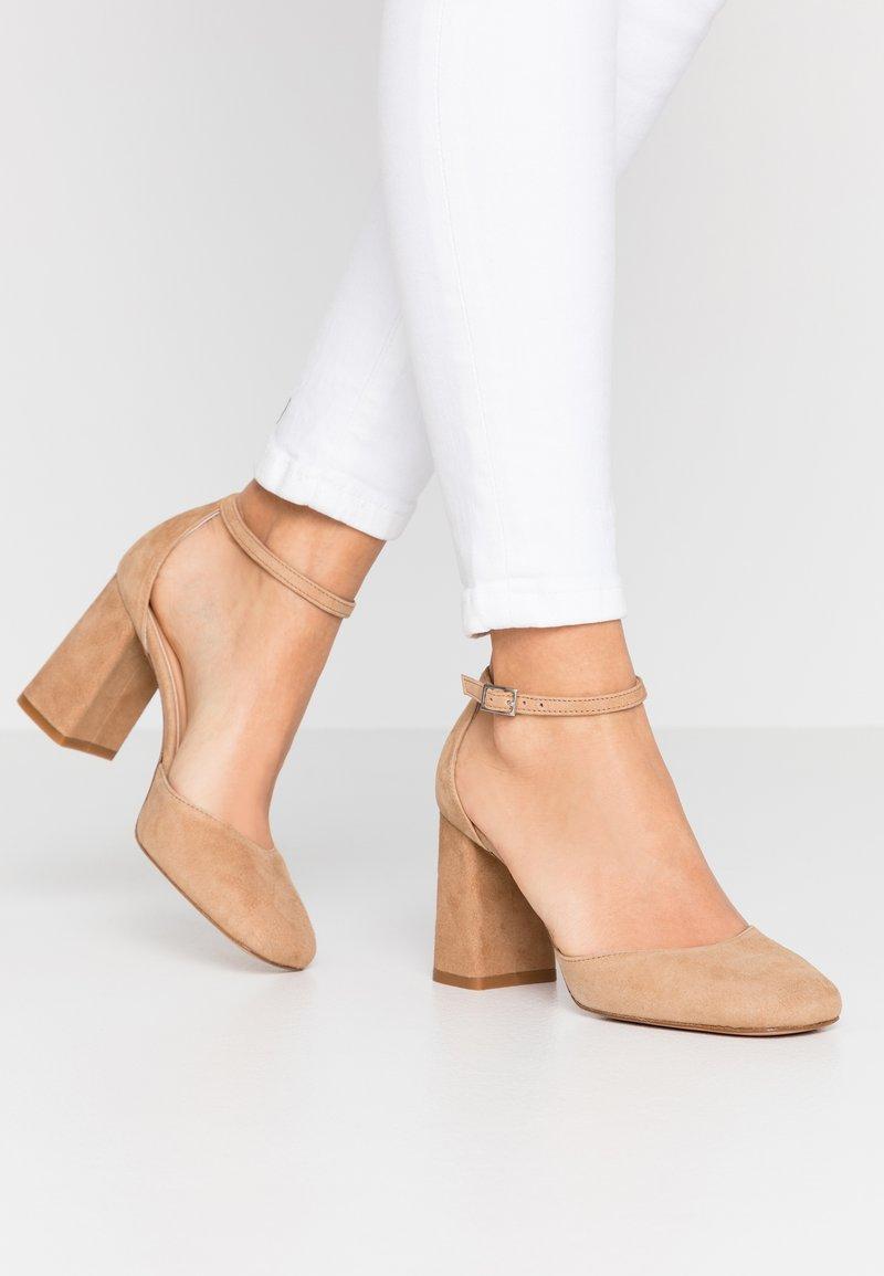 Bianca Di - High heels - sabbia