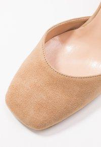 Bianca Di - High heels - sabbia - 2