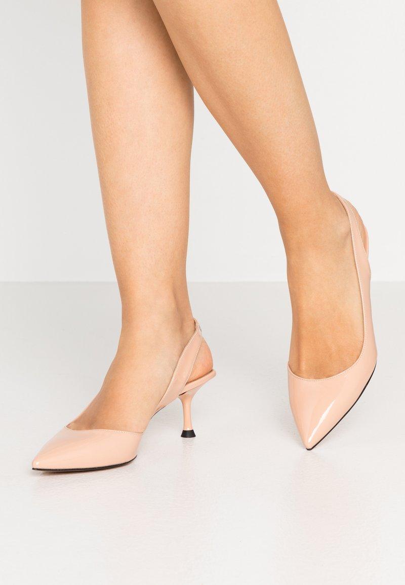 Bianca Di - Classic heels - nude