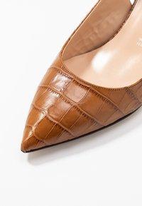 Bianca Di - Klassiske pumps - cognac - 2