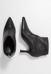 Bianca Di - Ankelstøvler - nero - 3