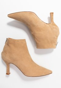 Bianca Di - Ankle boots - sabbia - 3
