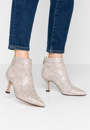 Ankle Boot - sabbia