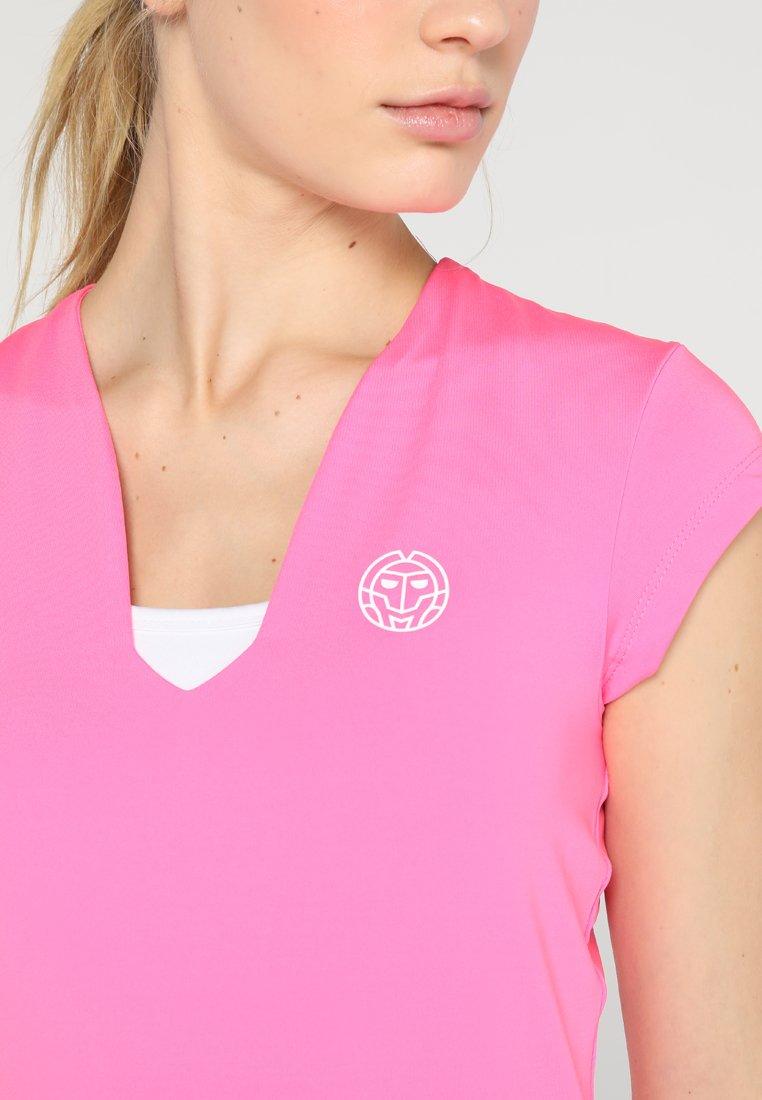 BIDI BADU BELLA 2.0 TECH NECK TEE - T-shirts - pink
