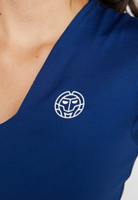 BIDI BADU - BELLA 2.0 TECH NECK TEE - Basic T-shirt - dark blue - 5