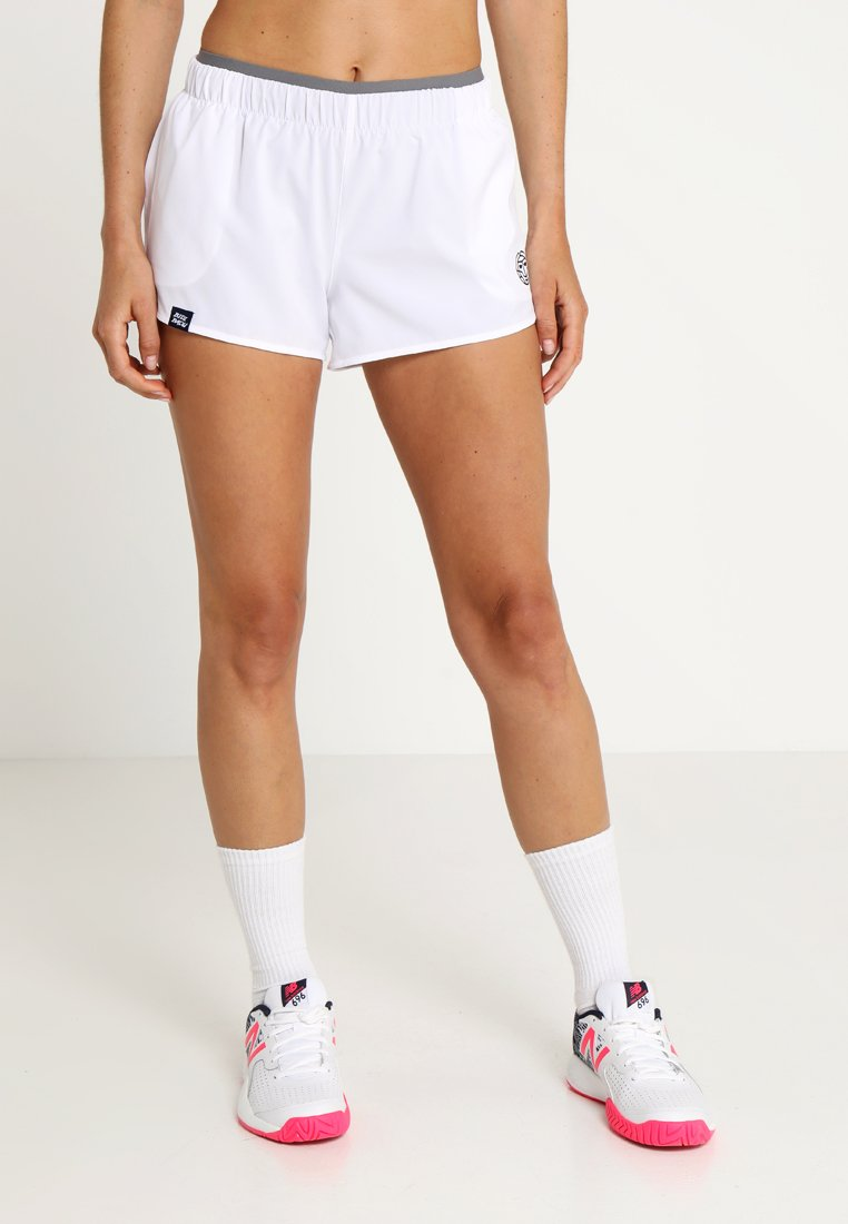 BIDI BADU - NICA TECH SHORTS - Pantalón corto de deporte - white/grey