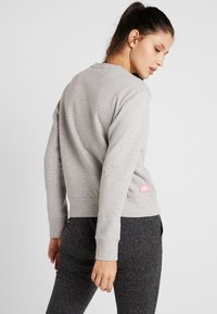BIDI BADU - MIRELLA BASIC CREW - Sweater - light grey - 2