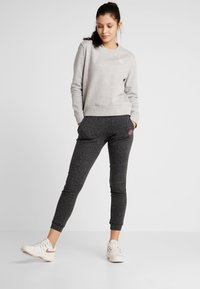 BIDI BADU - MIRELLA BASIC CREW - Sweater - light grey - 1