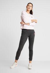 BIDI BADU - MIRELLA BASIC CREW - Sweatshirt - rose - 1