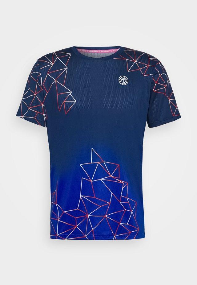 JAROL TECH TEE - T-shirt med print - dark blue/blue