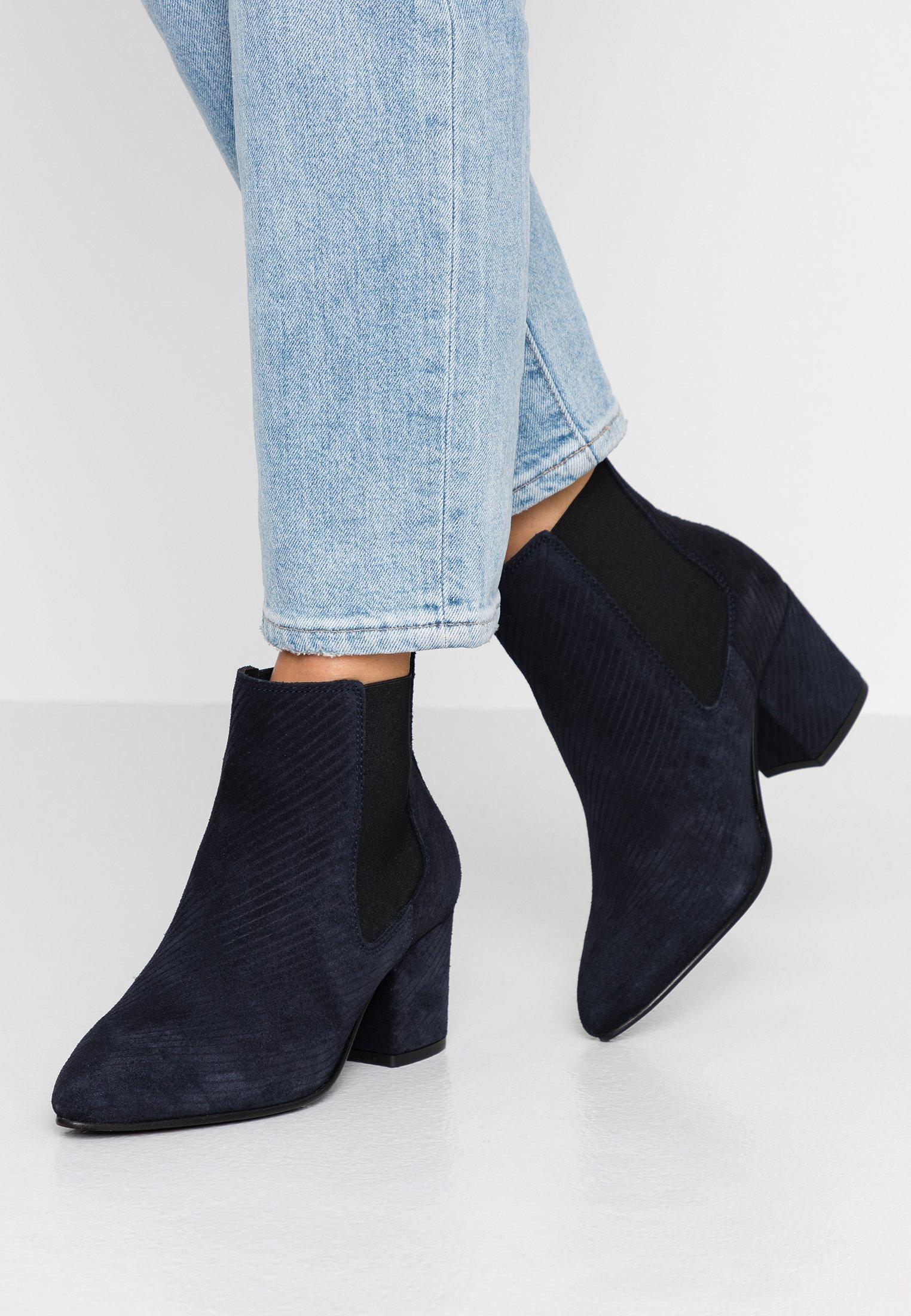 Bianco Wide Fit WIDE FIT BIACIA CHELSEA - Boots à talons navy blue