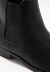 Bianco Wide Fit - WIDE FIT BIABELENE CLASSIC CHELSEA - Ankle boot - black - 2