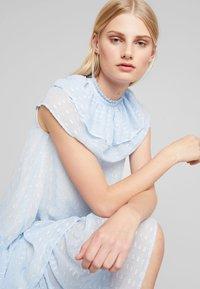 Birgitte Herskind - PIERRE DRESS - Hverdagskjoler - powder blue - 4