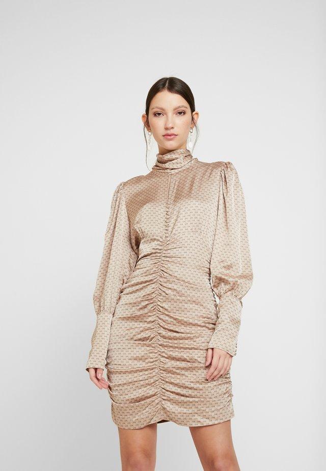 BENJI DRESS - Cocktailkleid/festliches Kleid - smoke grey