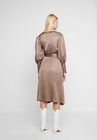 Birgitte Herskind - HARPER DRESS - Vardagsklänning - chinchila - 2