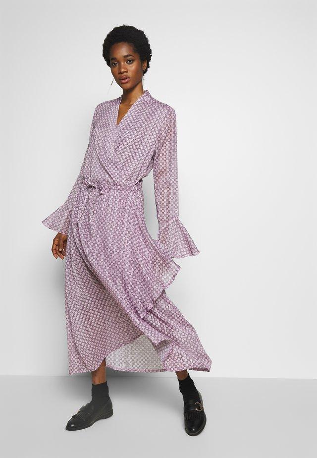 RILLO DRESS - Maxikleid - pink chain
