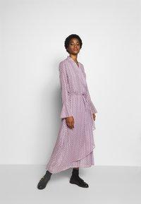 Birgitte Herskind - RILLO DRESS - Maxikleid - pink chain - 1