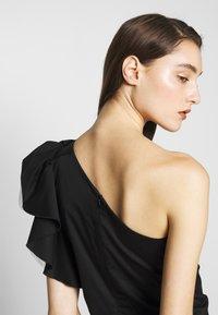 Birgitte Herskind - TAYLOR SHORT DRESS - Cocktailklänning - black - 4