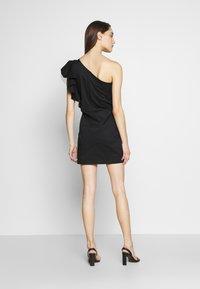Birgitte Herskind - TAYLOR SHORT DRESS - Cocktailklänning - black - 2