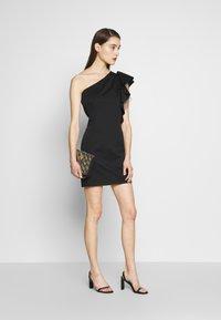 Birgitte Herskind - TAYLOR SHORT DRESS - Cocktailklänning - black - 1