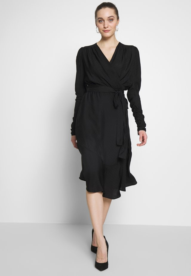 DOLLY WRAP DRESS - Freizeitkleid - black
