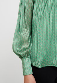Birgitte Herskind - ILSE BLOUSE - Blouse - green - 4