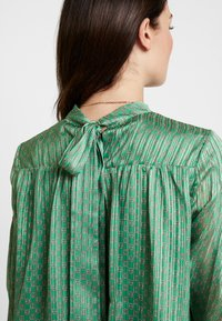 Birgitte Herskind - ILSE BLOUSE - Blouse - green - 6