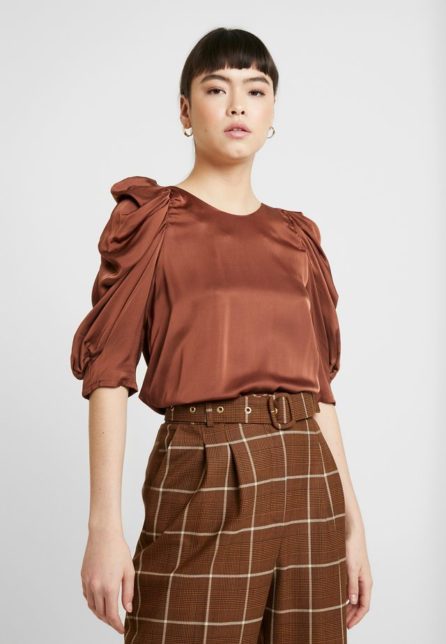 CHARLOTTE BLOUSE - Camicetta - chest nut