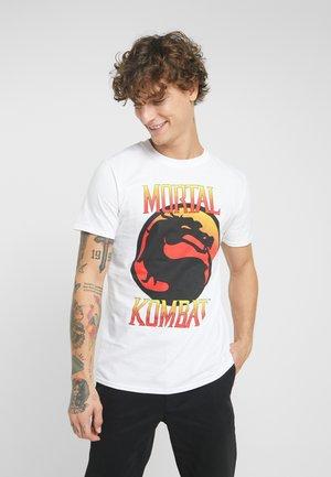 MORTAL KOMBAT LOGO TEE - T-shirts med print - white
