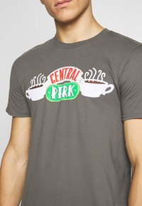 Bioworld - FRIENDS CENTRAL PERK TEE - Triko s potiskem - charcoal - 5