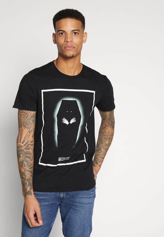 MISFITS TEE - T-shirt z nadrukiem - black