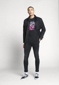 Bioworld - MIAMI VICE NEON TEE - T-shirt print - black - 1