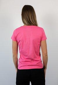 Biyoga - Basic T-shirt - rosa - 1