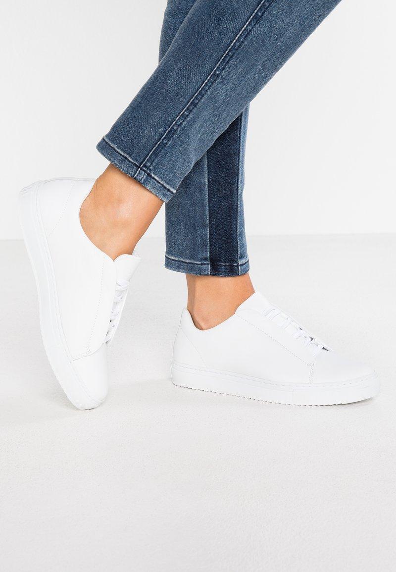 Bianco - CLASSIC - Sneaker low - white