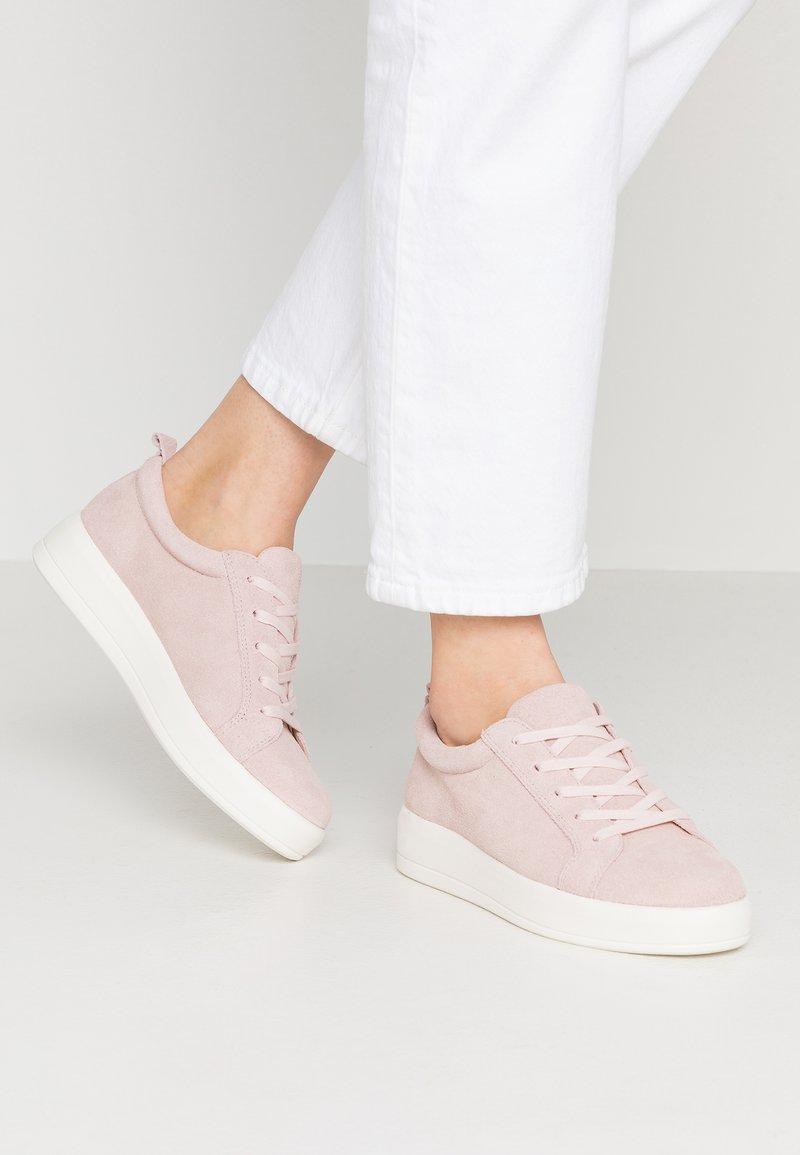 Bianco - BFBETINA  - Sneakers laag - powder