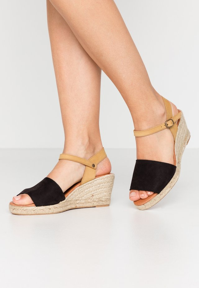 BIADARA TOP UP - Espadryle - black
