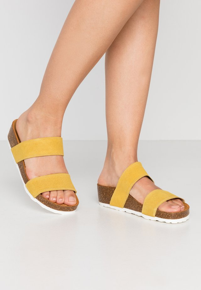 BIABETTY TWIN STRAP - Mules - yellow