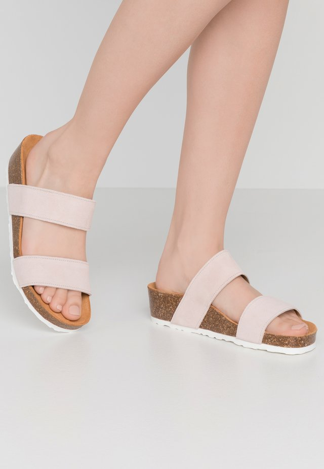 BIABETTY TWIN STRAP - Matalakantaiset pistokkaat - light pink