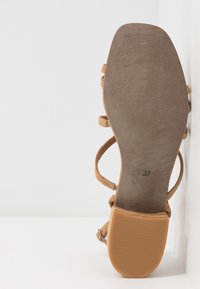 Bianco - BIADEA STRAP  - Sandály - light brown - 6