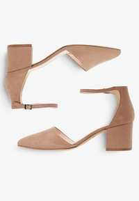 Bianco - BFDIVIVED  - Classic heels - nougat - 2