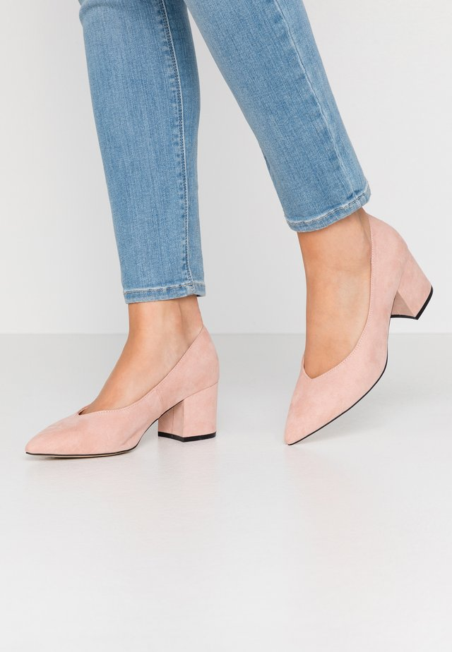 BIADIVIDED V CUT - Classic heels - powder