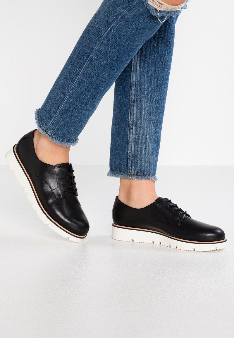Bianco - DERBY  - Sneaker low - black