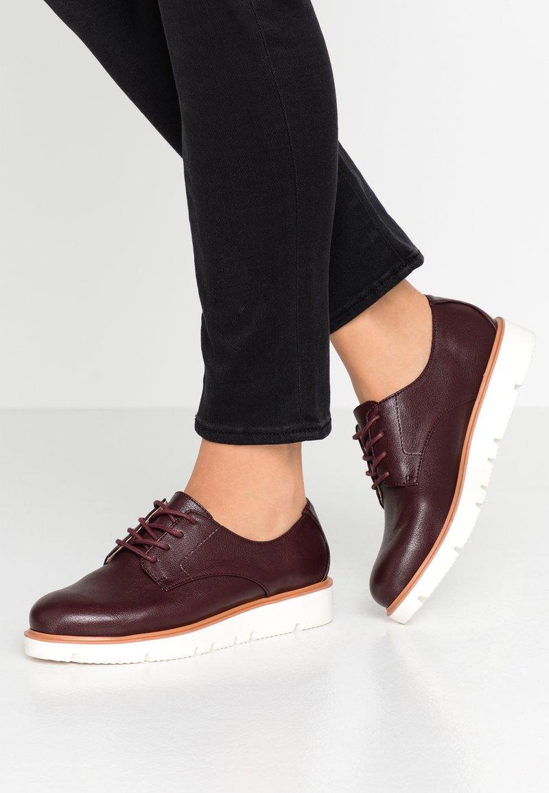 Bianco - BIABITA DERBY LACED UP SHOE - Zapatos de vestir - burgundy