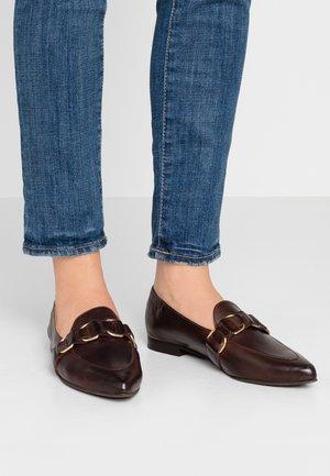 BIAALLIE STRAP LOAFER - Nazouvací boty - dark brown