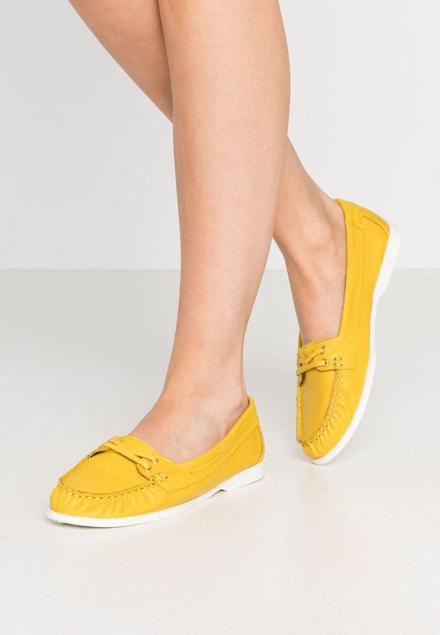 BIADANYA LOAFER - Slipper - yellow