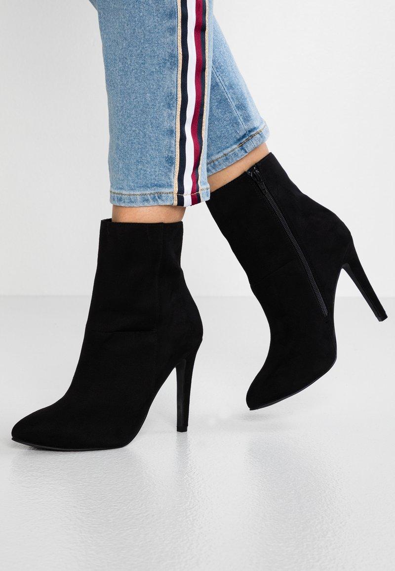 Bianco - BFBERNIA - Kotníková obuv na vysokém podpatku - black