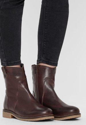 ATALIA - Korte laarzen - dark brown