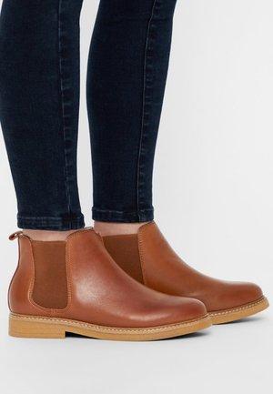 AGNES - Classic ankle boots - cognac
